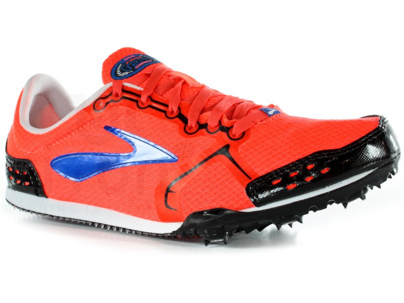 chaussure a pointe d'athletisme intersport