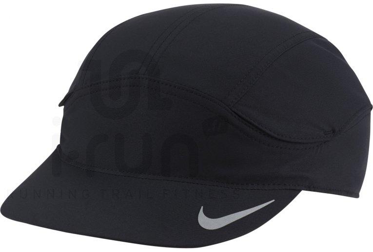 Nike Dri-Fit Tailwind Fast