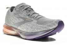 Brooks Levitate 3 W