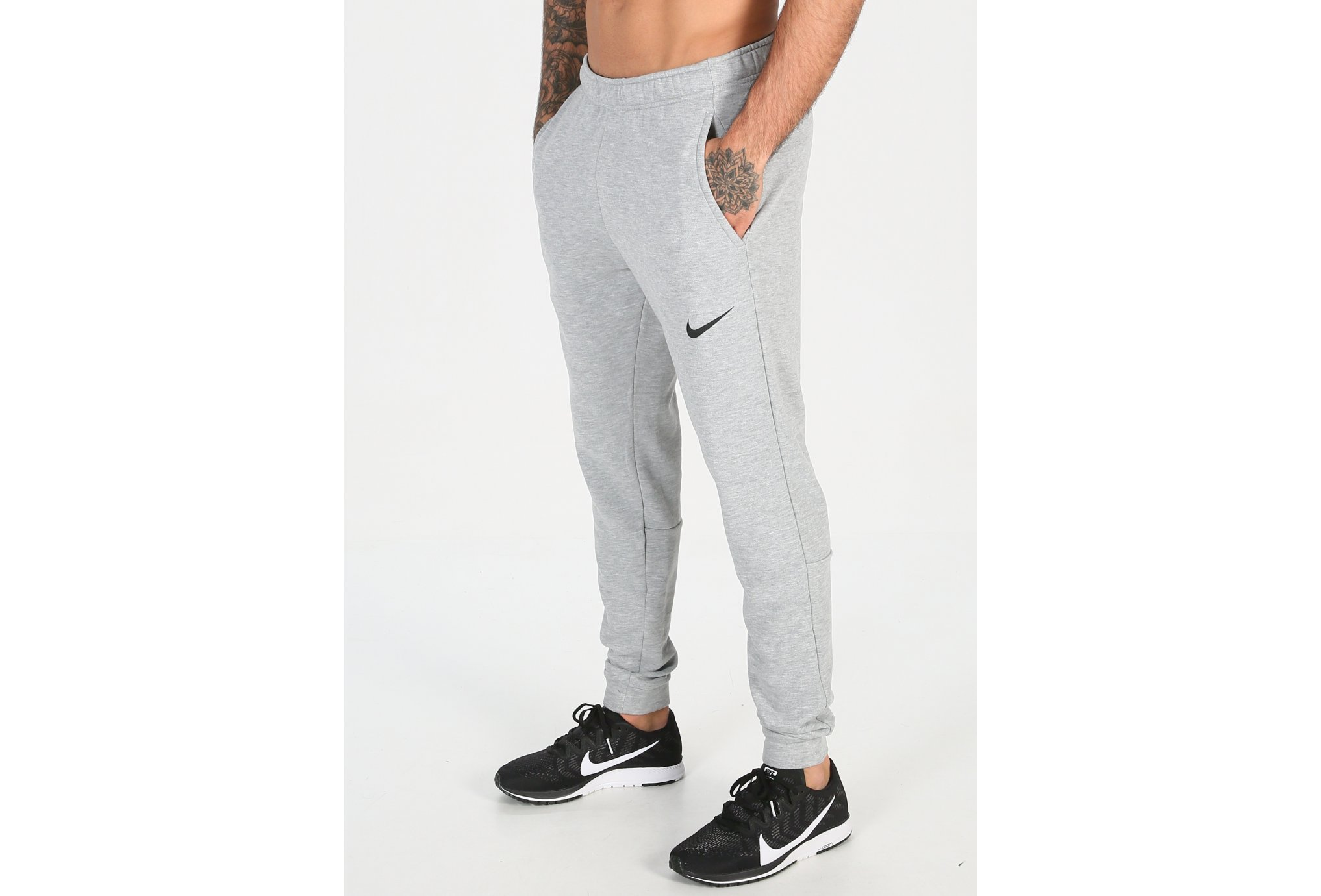 Nike Essential Hybrid M homme Noir pas cher