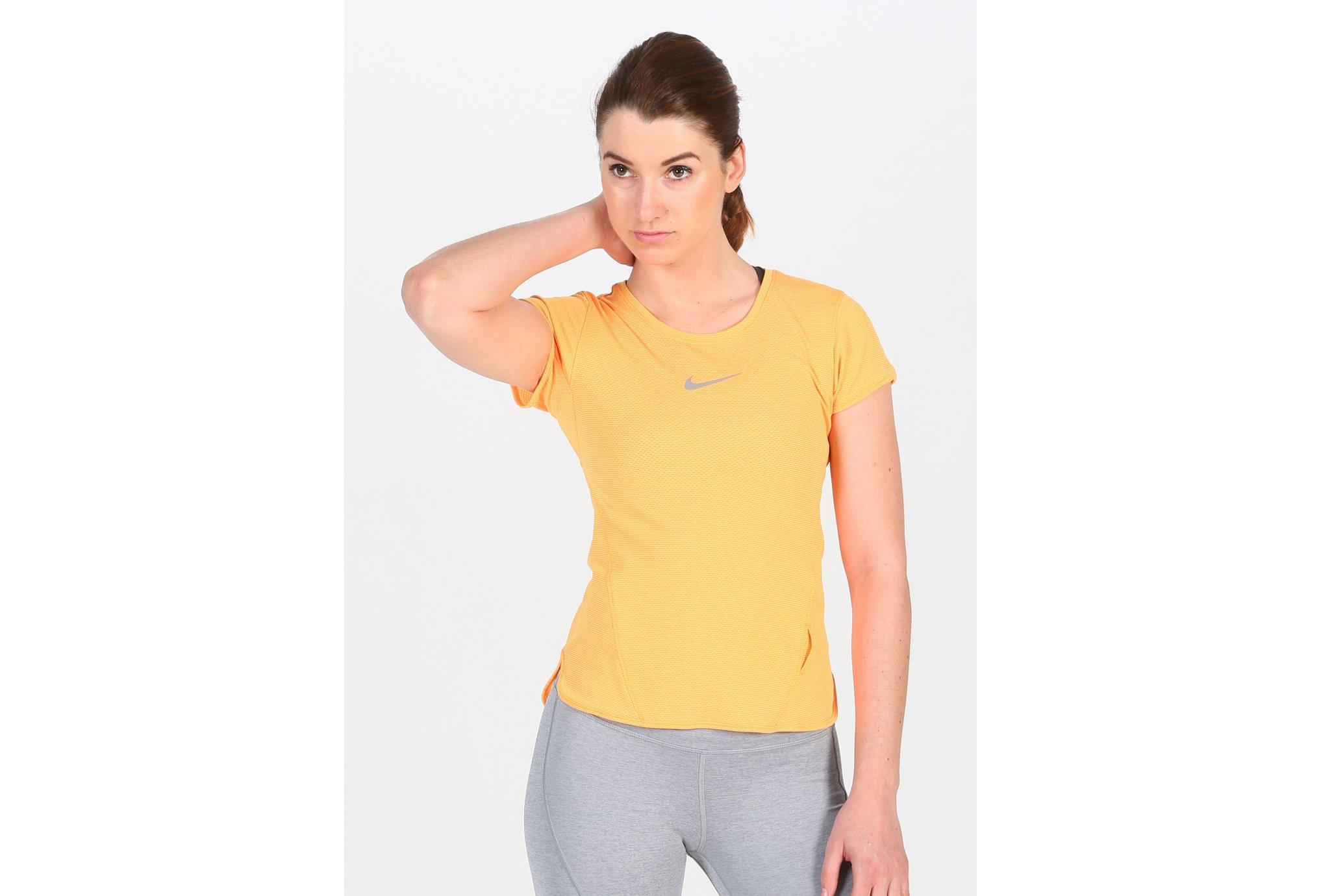 Nike Tee-shirt AeroReact W Diététique Vêtements femme